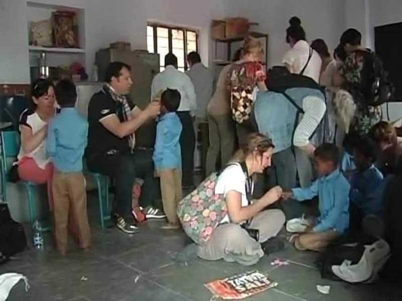 Video : French Tourists In Rajasthan Renovate School In Remote Village