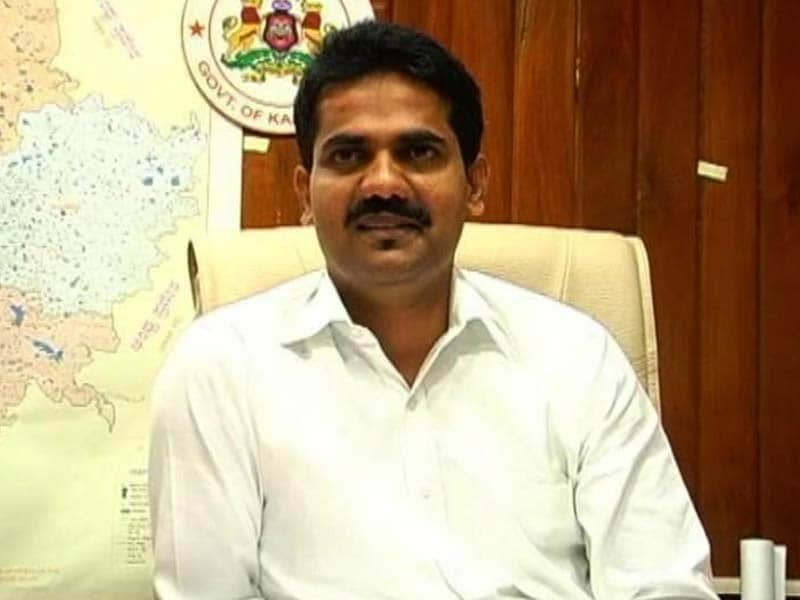 Video : IAS Officer DK Ravi's Text to Batch-Mate Could be Treated as Suicide Note: Sources