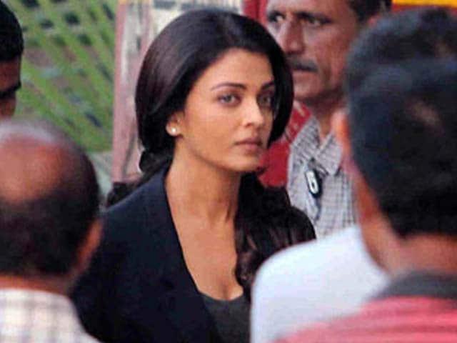 Video : Aishwarya's <i>Jazbaa</i> to Release on October 9