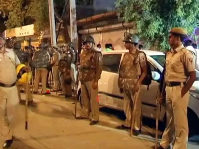 Video : दिल्ली : INLD के पूर्व विधायक भरत सिंह की गोली मारकर हत्या