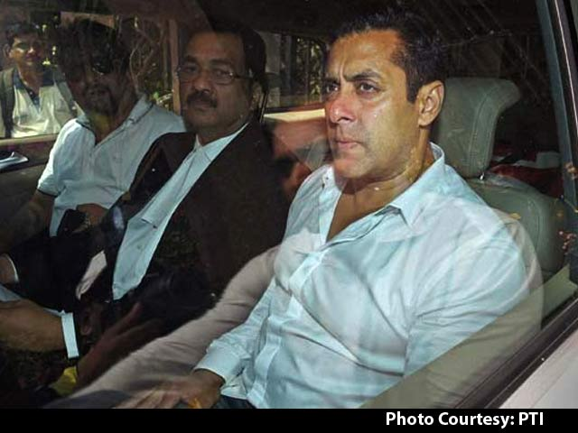 Video : 'Burst Tyre Caused Accident, I was at Wheel,' Actor Salman Khan's Driver Tells Court