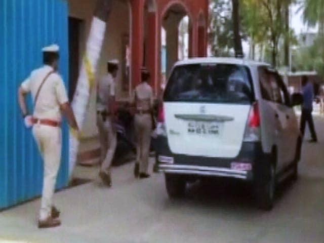 Video : बेंगलुरु : छात्रा को आवासीय स्कूल में मारी गोली