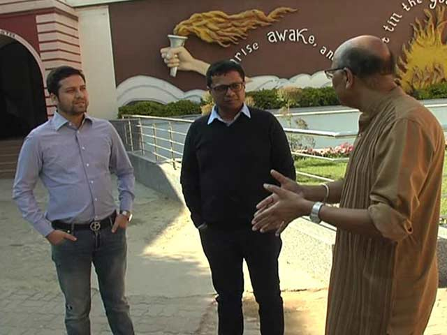 Video : Walk The Talk With The Founders of Flipkart