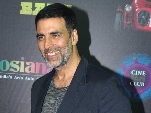 Video : Akshay Starts Shooting for <i>Singh is Bliing</i>