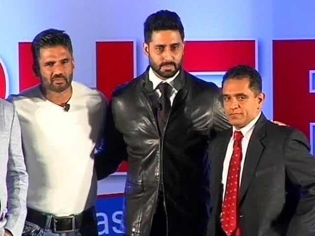 Video : Abhishek Bachchan Starts <i>Hera Pheri 3</i> Shoot