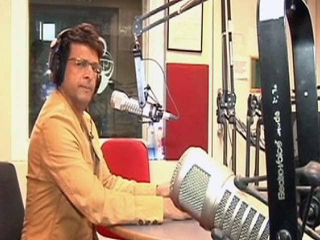Video : आईपीएल पर खास शो : लोगों को भा रहा है जावेद का अंदाज