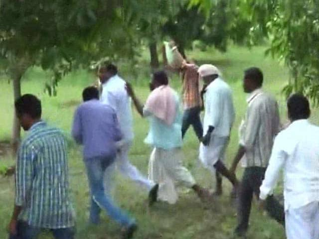Video : What Made Seasoned Politicians in Telangana Run for Cover