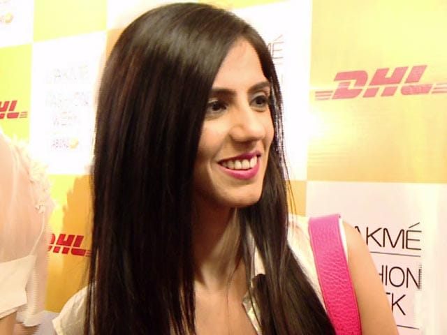Video : Ask Ambika: Nishka Lulla's Style Tips for a Beach Bachelorette Party