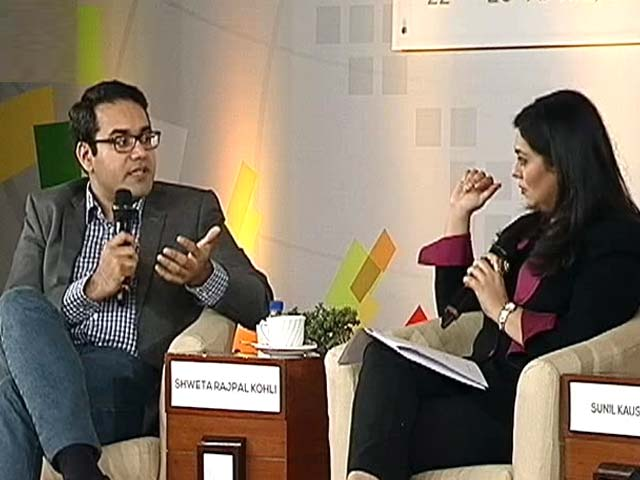 Video : More Clicks Than Bricks: Can E-Commerce Really Replace Retail?
