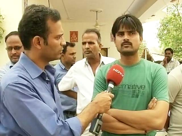 Video : Rajasthan Farmer Went to AAP Rally After Chat with Manish Sisodia, Says His Brother