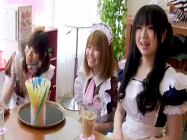 Video : Bizarre Stays: Maid café in Tokyo