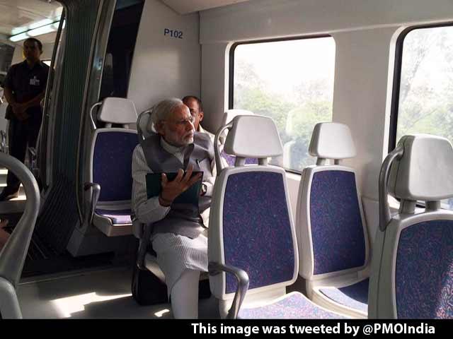 Video : PM Narendra Modi Travels by Delhi Metro, Tweets 'Really Enjoyed the Ride'