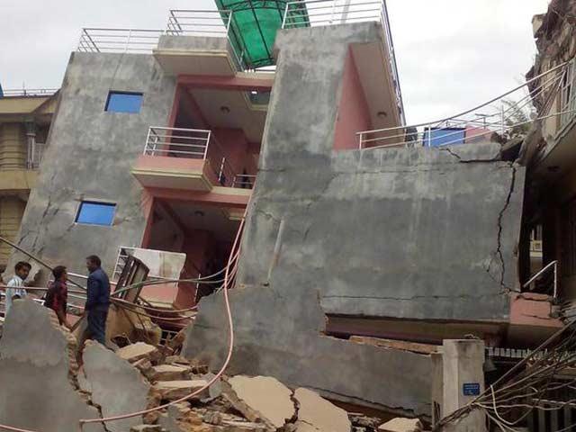 Videos : इंडिया 9 बजे : भूकंप से तबाह नेपाल