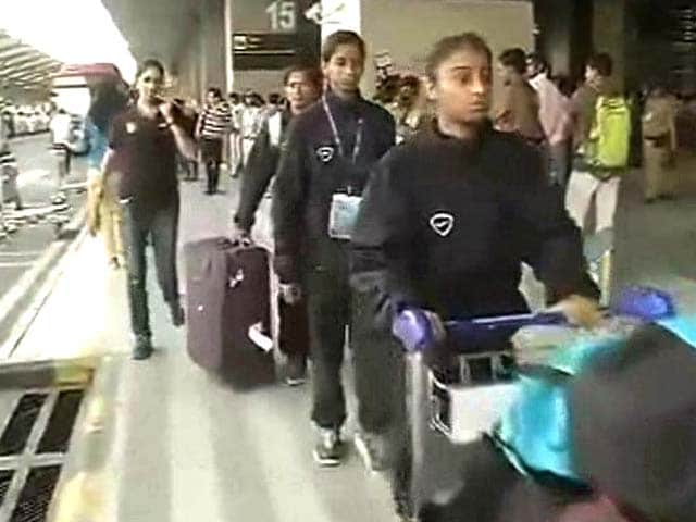 Video : Nepal Earthquake: Under-14 Girls' Football Team Reaches Delhi