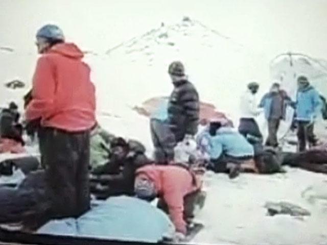 Video : नेशनल रिपोर्टर : जब एवरेस्ट पर हुआ हिमस्खलन