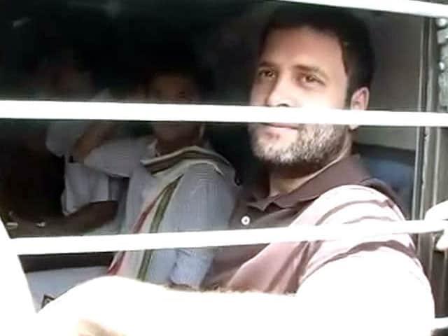 Video : After Trek to the Hills, Rahul Gandhi Takes Train to Punjab