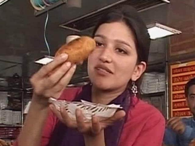 Video : Famous Street Food: Spice it Up in Jodhpur