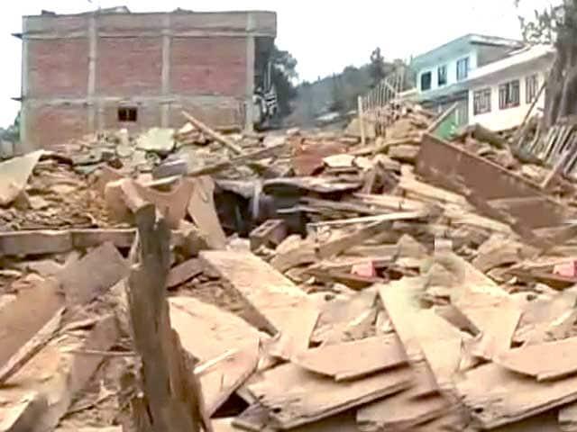 Videos : भूकंप से तबाह सांकू गांव से हृद्येश जोशी की खास रिपोर्ट
