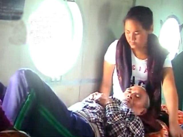 Videos : नेपाल के पोखरा का बुरा हाल