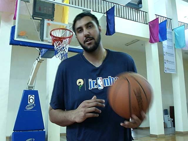 Meet Sim Bhullar, the NBA Giant With Indian Roots