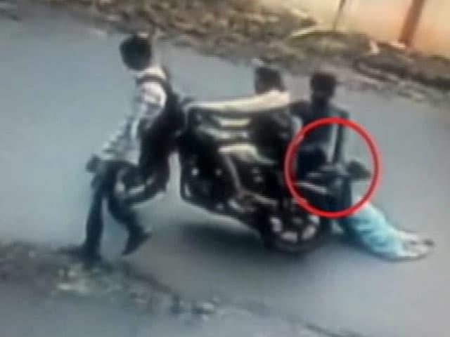 Video : दिल्ली पुलिस का फ़ैसला, रद्द होंगे हिस्ट्रीशीटर के लाइसेंस