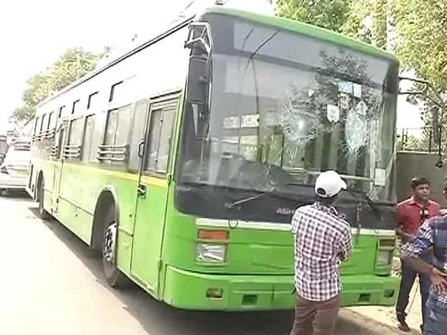 Video : Delhi Bus Driver Dies After Being Beaten Up By a Group Following an Accident
