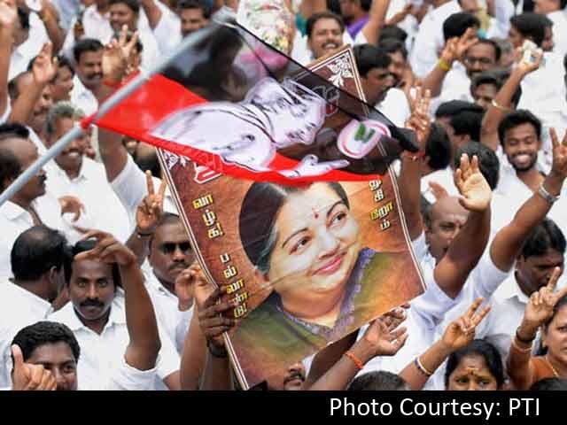 Video : इंडिया 7 बजे : आय से अधिक संपत्ति के केस में जयललिता को राहत