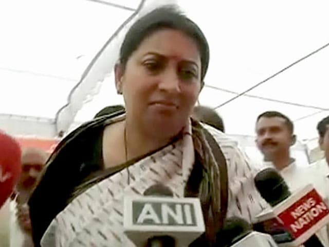 Video : Rahul is Following In My Footsteps: Smriti Irani Says in Amethi