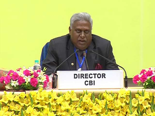 Video : 'Inappropriate Meetings' of Former CBI Chief Sinha to be Investigated, Orders Supreme Court