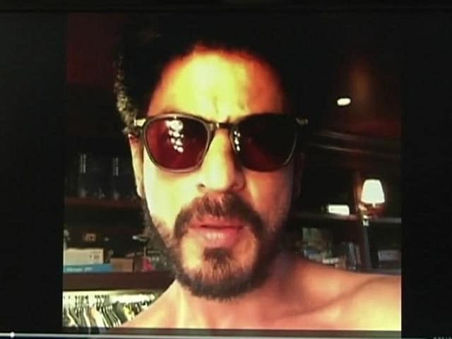 SRK Thanks 13 Million Twitter Followers with Video Message