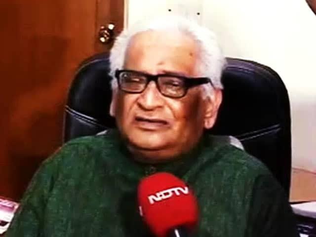 Videos : इंडिया 7 बजे : LG-CM की जंग में फंसे अफ़सर