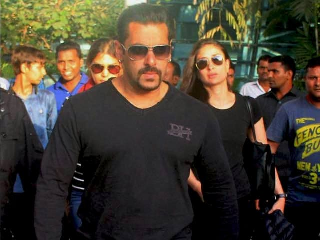 Video : Salman Back in Mumbai, Completes Bail Formalities