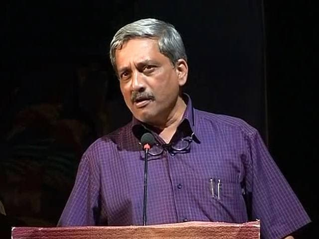 Video : As War Heroes Protest, Defence Minister Manohar Parrikar Promises One Rank One Pension Soon
