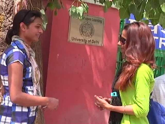 Video : Acceptance in Delhi University Limited to Admission Forms Only Claim Transgender Students