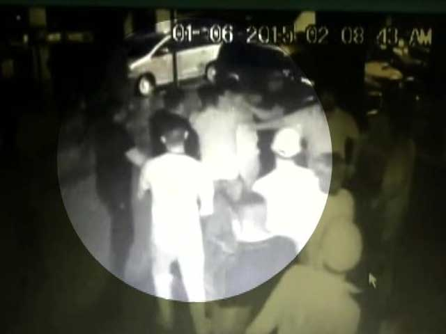Video : Caught on Camera: Drunk Man Opens Fire Outside Chandigarh Discotheque, injures 3