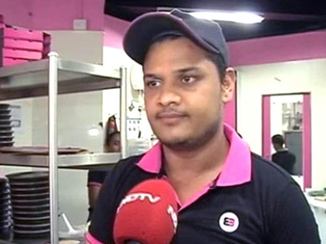 Video : How This Pizza Delivery Boy Rescued Over 20 People in Mumbai High-Rise Fire