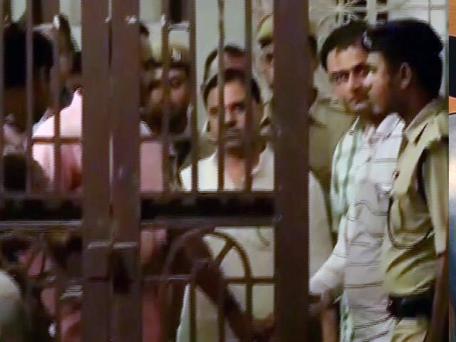 Video : इंडिया 7 बजे : तोमर पर लटकी तलवार