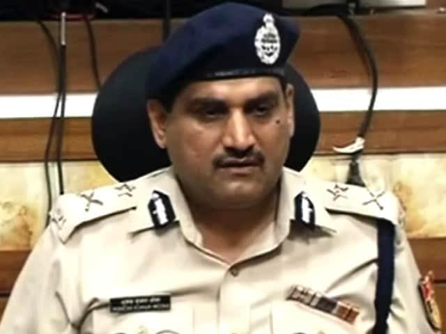 Videos : दिल्ली एसीबी के चीफ मुकेश मीणा के दफ्तर में मिला जासूसी उपकरण : सूत्र