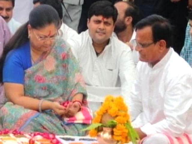 Video : New Discrepancies in Lalit Modi's Deal with Vasundhara Raje's Son