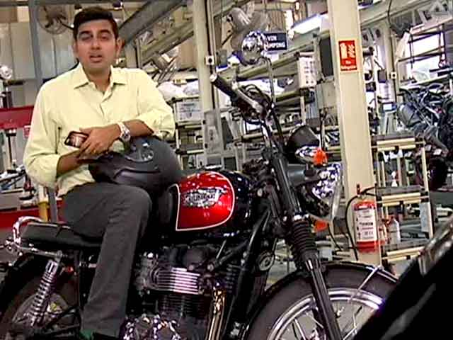 Video : ASK SVP: Siddharth Answers All Your Queries on Which Car/Bike to Buy?