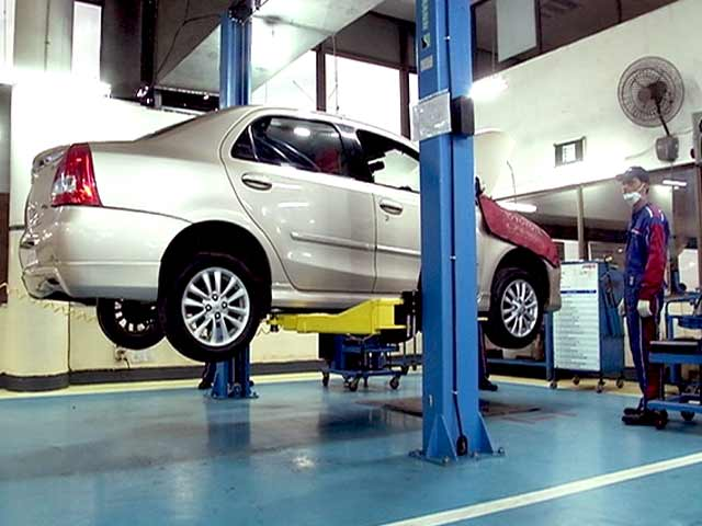 Video : Car Service: Done in 60 Minutes