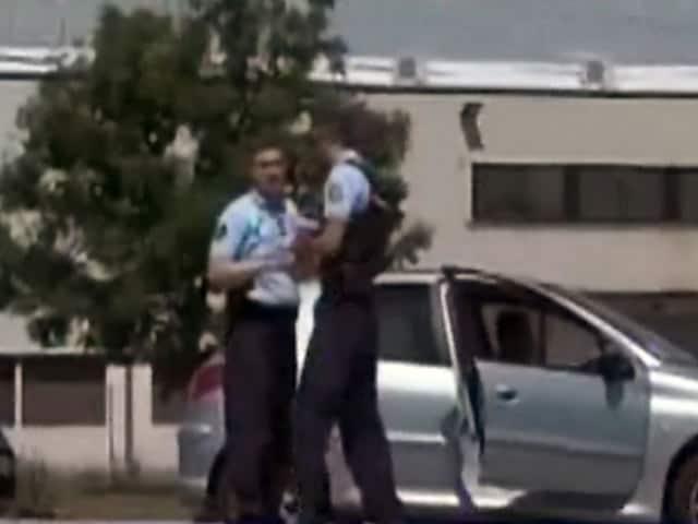 Video : फ्रांस की फैक्टरी पर आतंकी हमले की आशंका, एक शख्स का सिर काटा, कई घायल