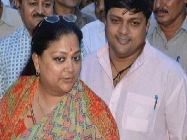 Video : Vasundhara Raje Safe for Now But Not Out of the Woods?