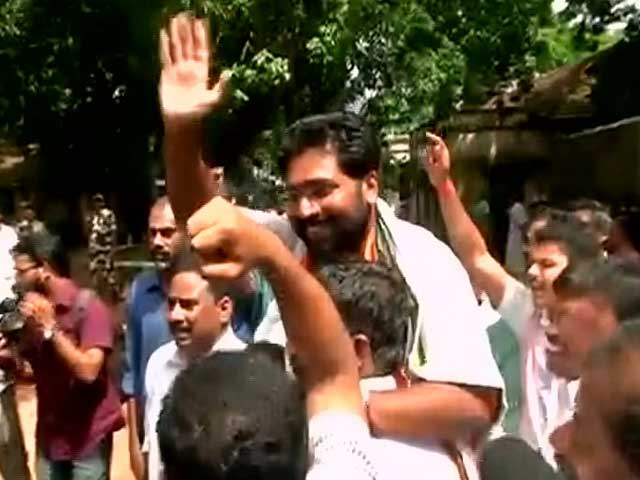 Video : Congress Wins Crucial Kerala By-Election With Margin of 10,000 Votes