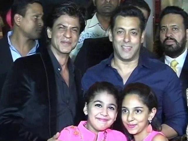 Video : SRK, Salman to Release Films <i>Saath Saath</i>