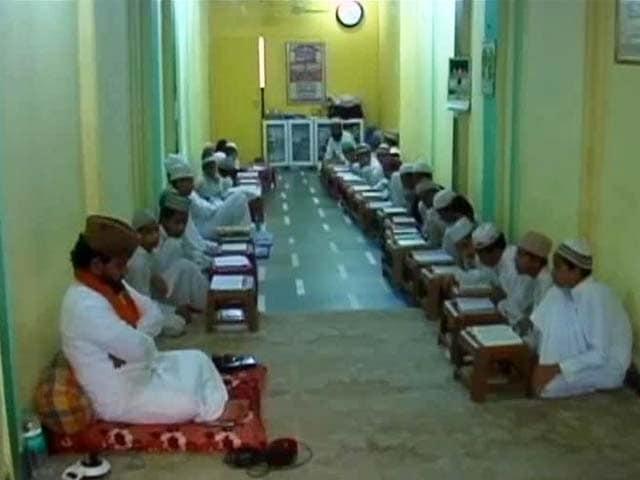 Video : Madrasa Controversy: Shiv Sena Supports BJP-Led Government in Maharashtra