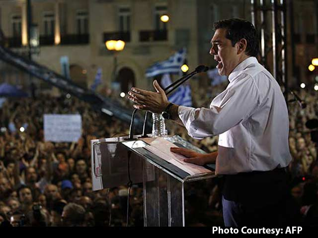 Video : Mass Rival Rallies Ahead of Greece Bail Out Vote, PM Tsipras Urges People to Say 'No'