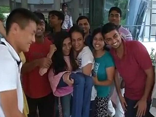 Videos : UPSC टॉपर इरा सिंघल को कई बार झेलनी पड़ी विकलांग होने की 'सज़ा'