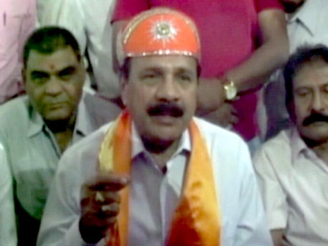 Video : 'PM Need Not Answer on Silly Issues,' Law Minister Sadananda Gowda Says on Vyapam Deaths