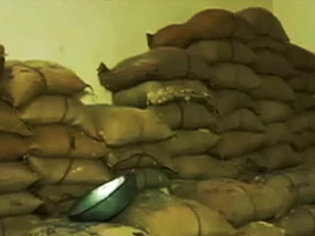 Videos : नमक के चोर : नमक वितरण में घोटाला, घटिया क्वॉलिटी का मिल रहा सरकारी नमक